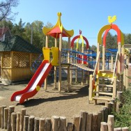 Детский городок в Эдельвейс
