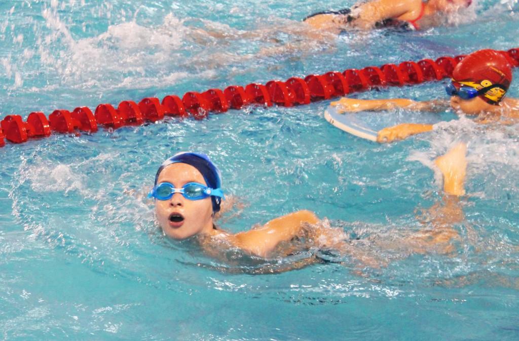 "Обучение спортивному плаванию в аквапарке ""Абзаково"""